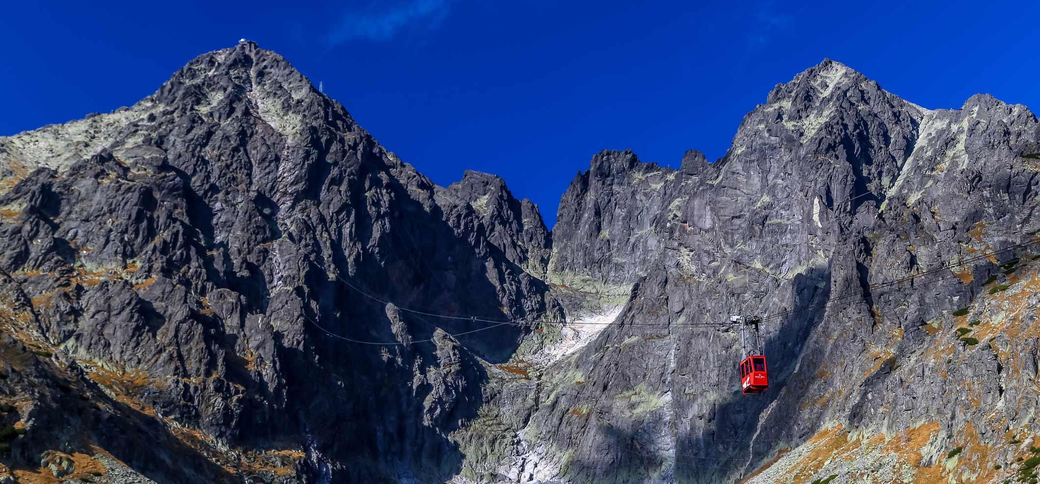 Lomnický štít s horským vodcom